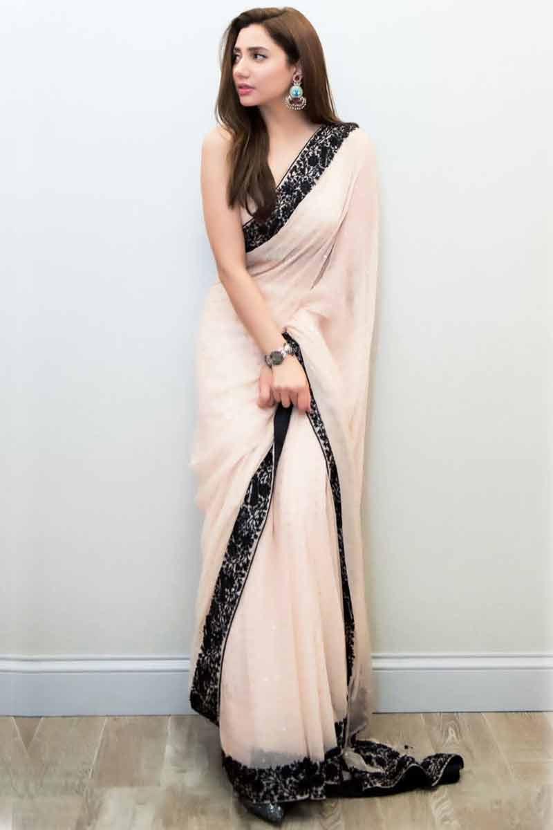 Mist Pink Georgette Saree With Silk Blouse