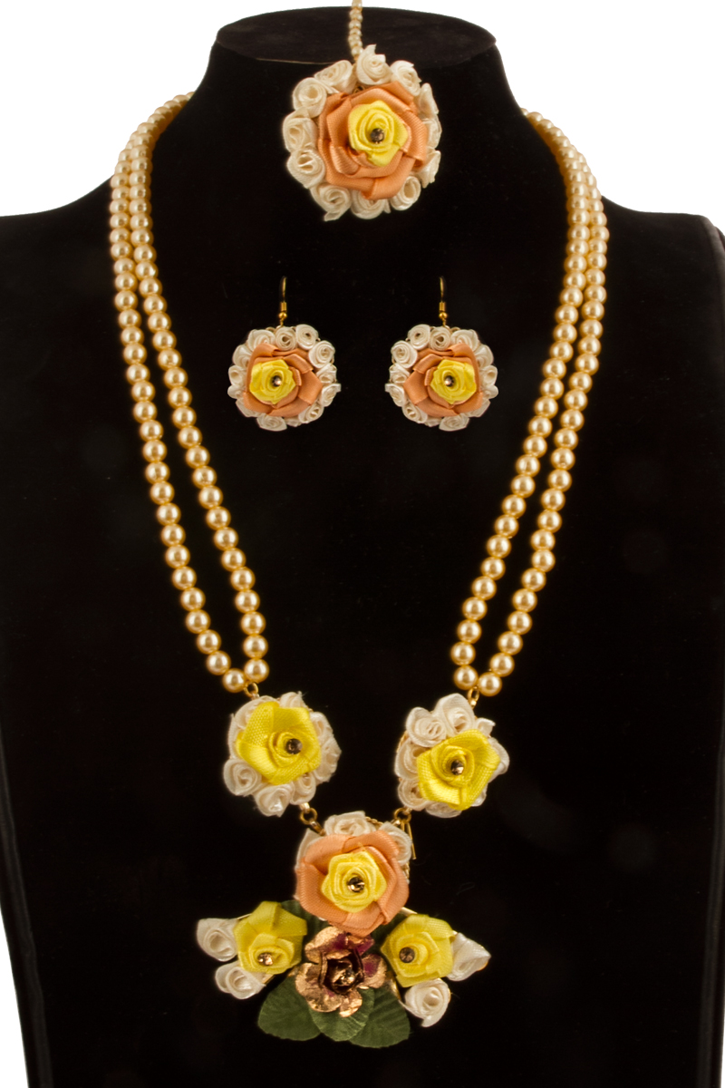 Flower Necklace Set with Jhumka Earring and Tika - 81083
