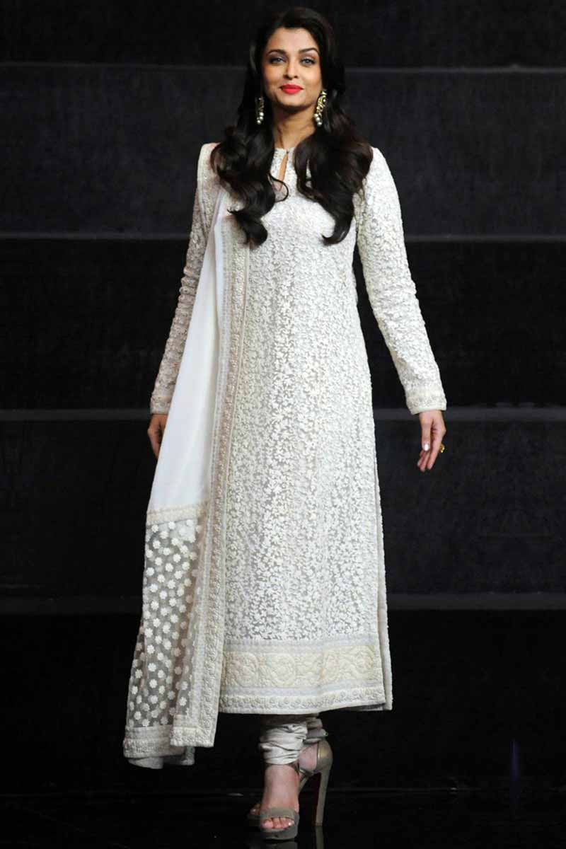 Buy Churidar Suit In White Color With Dupatta Online